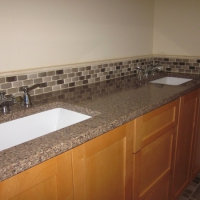 redmond-masterbath-vanity-quartz-countertop